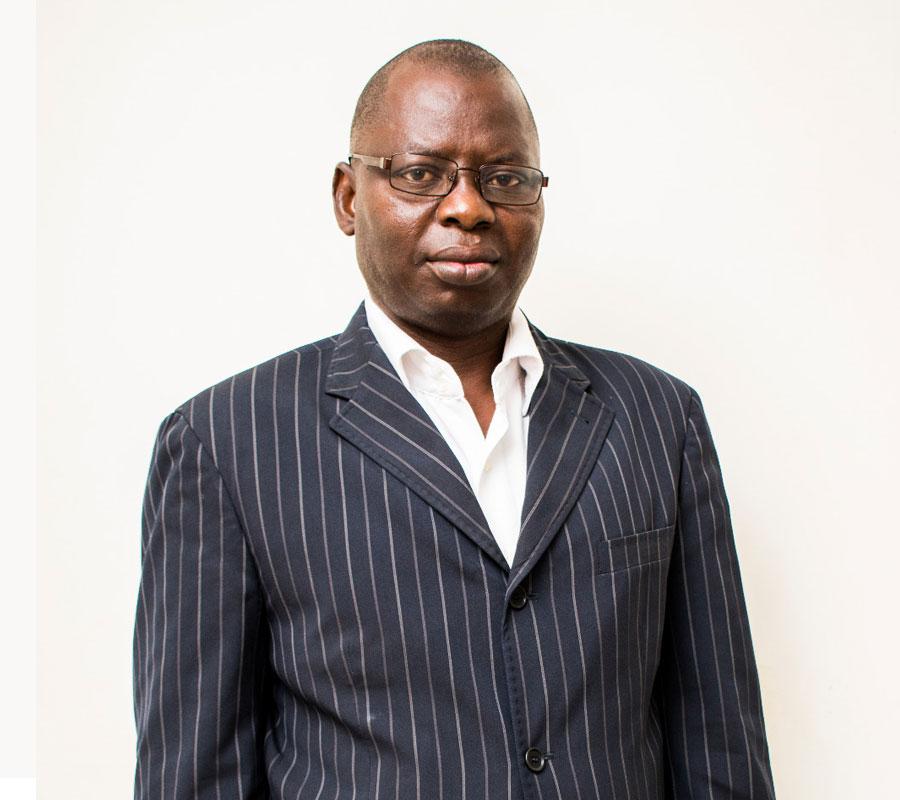 Coordonnateur général au Centre Africain de Recherche en Epidémiologie et en Santé Publique